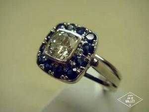Monture Or Gris Diamant Saphirs par l'atelier Julie Vallet